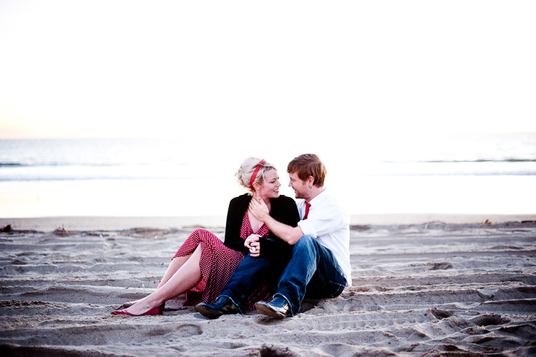 engagement in santa monica by seattle wedding photographer meloidia